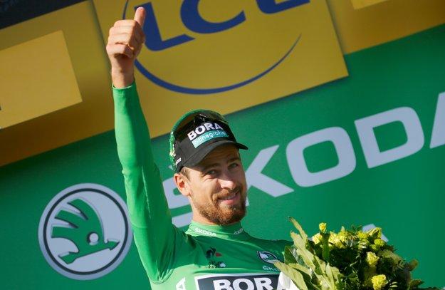 Peter Sagan si preberá zelený dres pre priebežného lídra bodovacej súťaže.