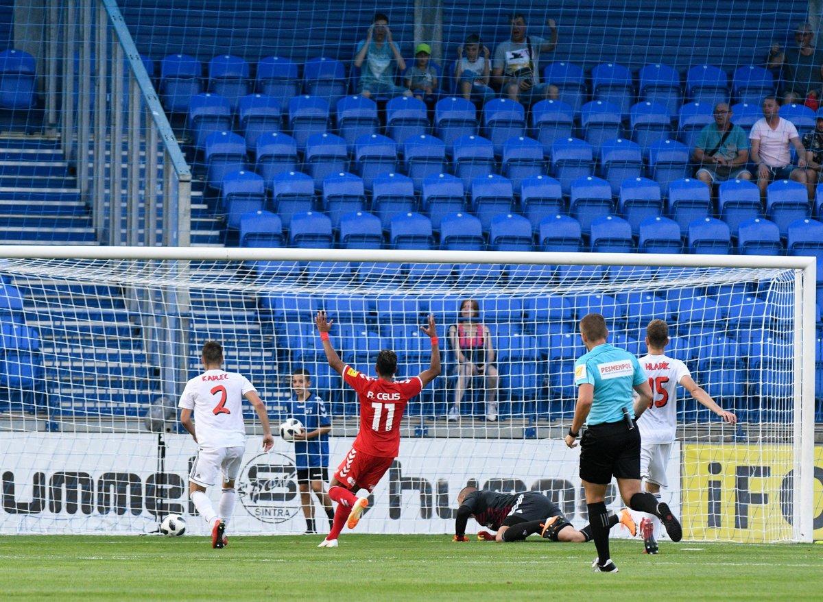 Majstrovi nevyšiel vstup do sezóny, po vlastnom góle prehral v Senici