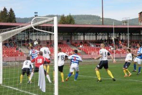 V Považskej Bystrici sa minimálne polroka nebude hrať mužský futbal.