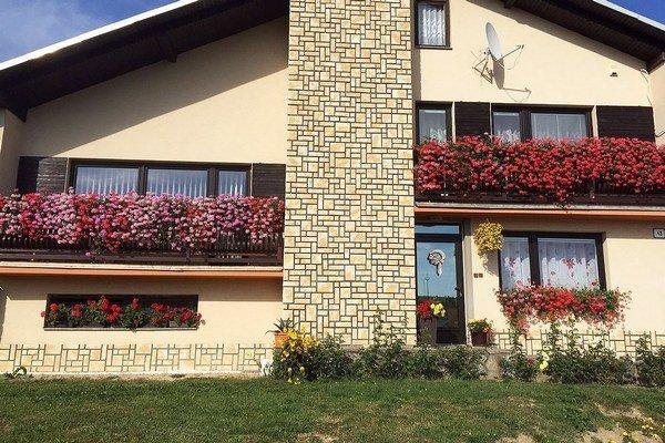 Nádherné balkóny Moniky Mazarákovej.