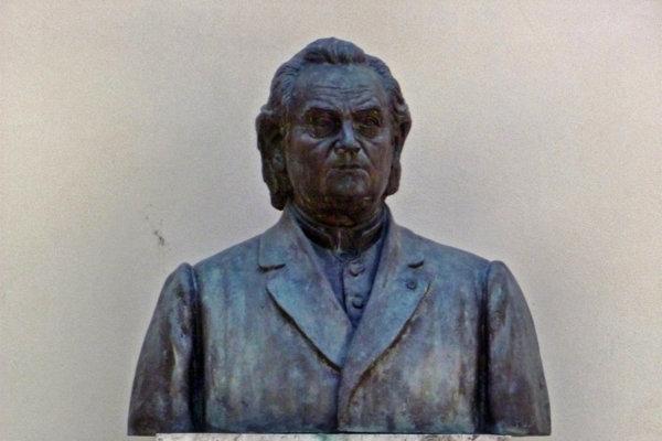 Busta Alojza Kolíska.