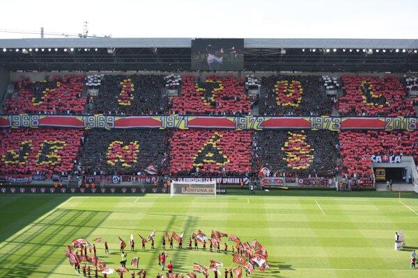 Fanúšikovia Trnavy počas posledného zápasu miinulej sezóny.