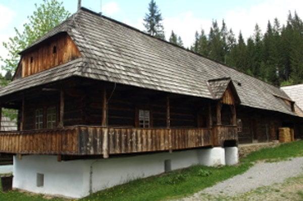 Dom Dieškovcov múzeum využíva na výstavy, časť aj na ustajnenie hospodárskych zvierat.