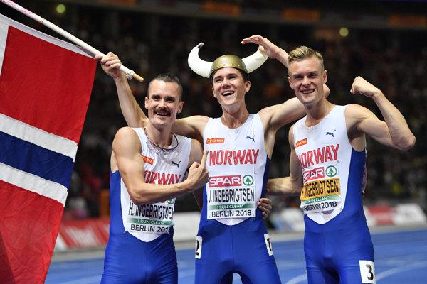 Vo finále behu na 1500 metrov štartovala trojica bratov Ingebrigtsenovcov, vyhral najmladší Jakob (v strede).