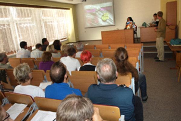 Na konferencii sa postupne predstavilo každé zúčastnené mesto.