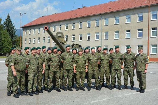 Vojaci, ktorí išli plniť misiu do Bosny a Hercegoviny.