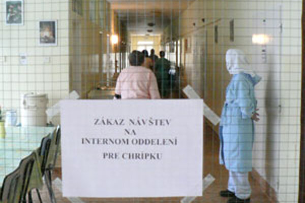 Na internom oddelení Dolnooravskej nemocnice platí dočasný zákaz návštev.