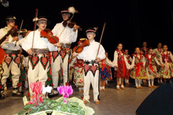 DFS Goral má nielen mladých tanečníkov a tanečnice, ale aj mladú muziku.