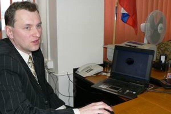 Šéf kriminálky Anton Šteiniger označil zadržaných páchateľov za nebezpečných. Všetkým hrozí niekoľkoročné väzenie.