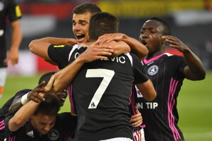 Trenčania sa radujú po góle Antonia Manceho.