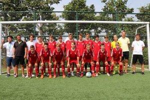 Výprava MFK Dukla Banská Bystrica U15 v Číne na turnaji Peace Cup 2018.