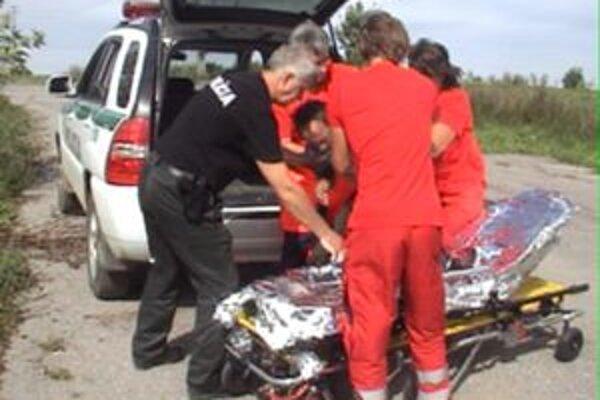 Nezvestného Hladovčana odviezla na ošetrenie záchranka.