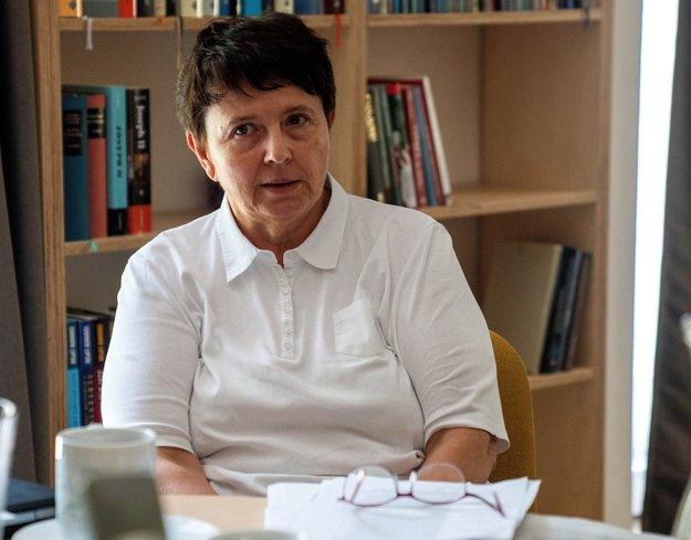 Ponuku stáť na čele odbornej komisie súťaže Učiteľ Slovenska prijala Viera Kalmárová - hlavná školská inšpektorka.