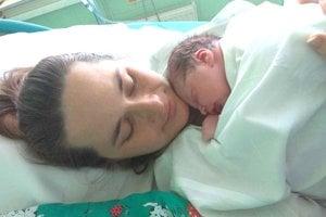 Čerstvá mamička Daniela Vakrčková nepovažuje odchod z pôrodnice po jednom dni za dobrý nápad.