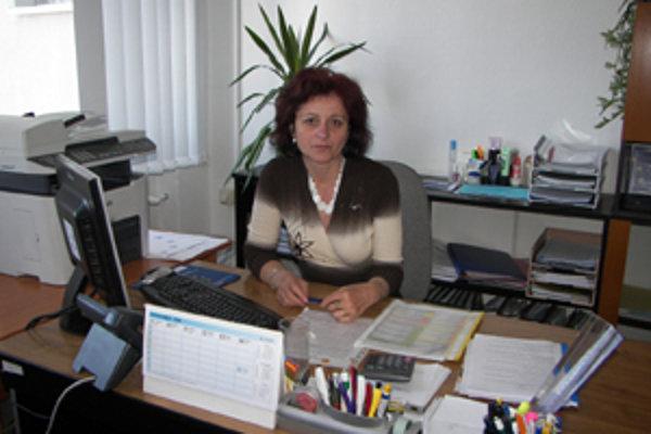"""""""V pôsobnosti nášho úradu sa nezamestnanosť drží pod priemerom Slovenska,"""" konštatuje Alena Volčeková z odboru Európskeho sociálneho fondu ÚPSVaR v Námestove."""