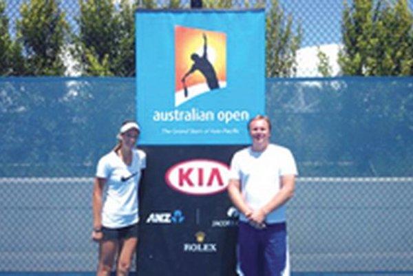 Australian Open: Tereza Mihalíková a tréner Ján Studenič.