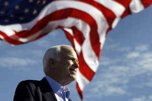 John McCain prehral boj s rakovinou mozgu.