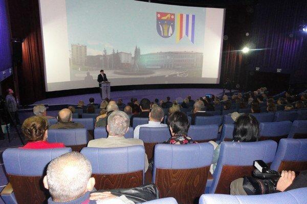 Diskusné fórum v kine.