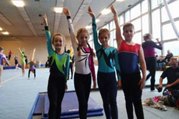 Topoľčianske gymnastky.