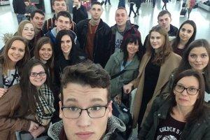 Študenti v Londýne.