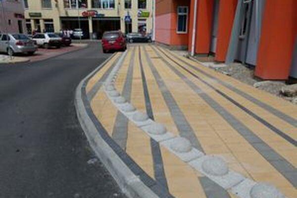Mesto tvrdí, že chce zvýšiť bezpečnosť chodcov.