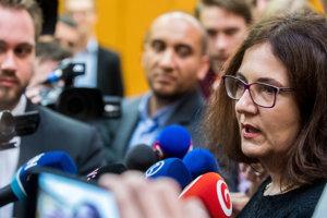 Ministerka Lubyová.
