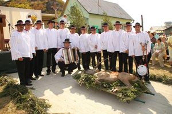 Skupina sa zúčastňuje mnohých kultúrnych podujatí v regióne.