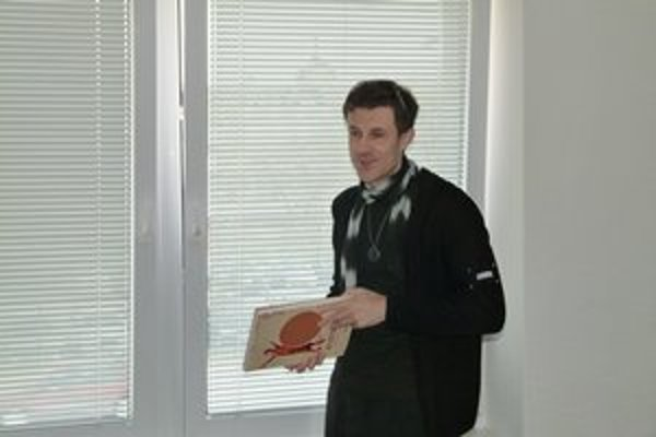 Peter Vlčko ukázal deťom, ako vznikla jeho kniha.