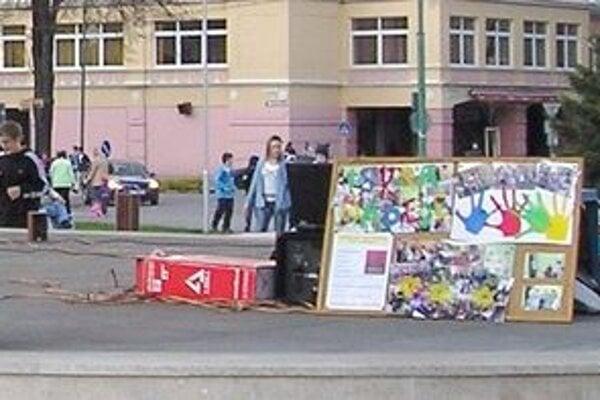 Podujatie sa po Dubnici nad Váhom konalo aj v susednej Novej Dubnici.