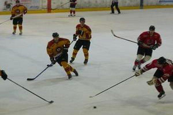 Hokejisti sa v piatok postavia proti Kežmarku.