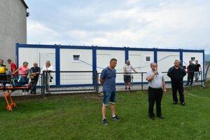 Futbalisti v Sučanoch už majú nové šatne.