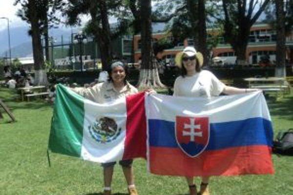 Na expedícii nás Mária reprezentovala aj slovenskou vlajkou.