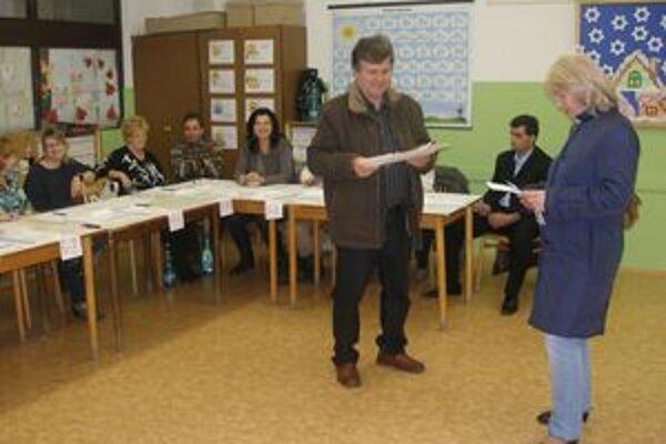 Väčšina Topoľčanocov mala kandidátov vybratých už pred príchodom do volebnej miestnosti.