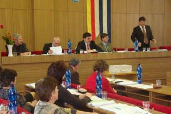 Prvé pracovné zasadnutie v Partizánskom.