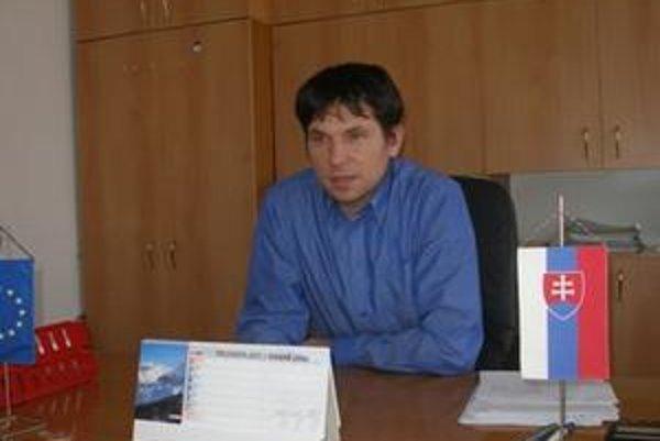 Starosta Kamanovej Peter Hudec začal po nástupe do funkcie pracovať s mládežou.