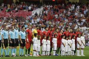 Portugalskí reprezentanti pred zápasom proti Taliansku.