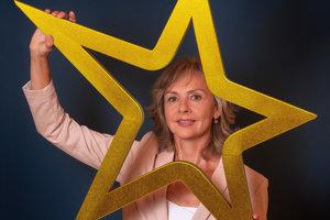 Kornélia Lohyňová (51), učiteľka hotelového a gastronomického manažmentu, marketingu a geografie cestovného ruchu na Hotelovej akadémii Mikovíniho v Bratislave.