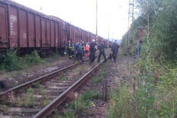 Na mieste nešťastia zasahovali hasiči, aj záchranári.