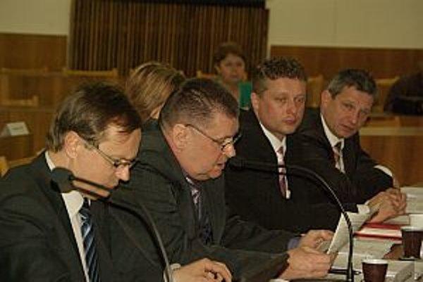 Správa kontrolného úradu bola predložená poslancom na februárovom zastupiteľstve.