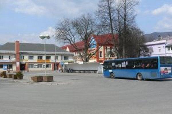 Autobusová stanica Vrútky. Zostane v majetku mesta alebo pôjde do vlastníctva SAD Žilina.