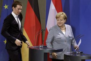 Rakúsky kancelár Sebastian Kurz a nemecká kancelárka Angela Merkelová.