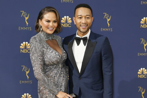 Chrissy Teigen a John Legend