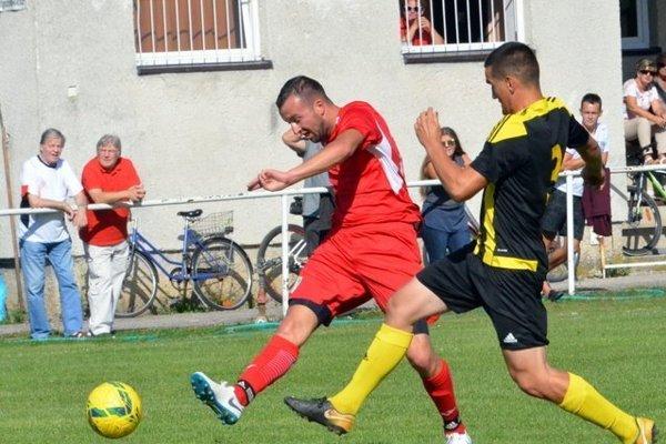 V Belej sa bude hrať derby.