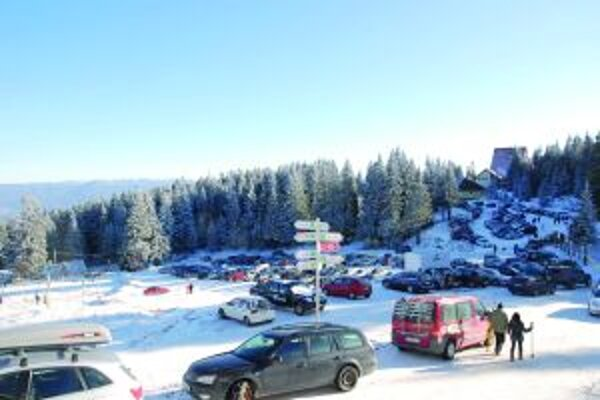Aj napriek obtiažnemu prístupu si lyžiari stredisko na Holiach obľúbili.