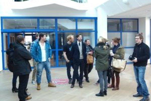 Nórski študenti plánujú po skončení štúdia odísť domov.