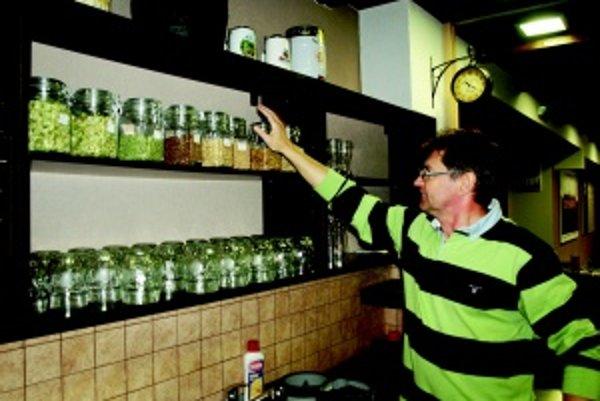 Slady. Ondrej Čuraj predstavuje jednu z výrobných surovín piva - obilné slady.