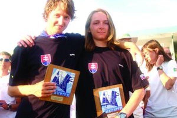 Svetoví šampióni. Titul majstra sveta vďaka bratom Baranovcom putoval na Slovensko.