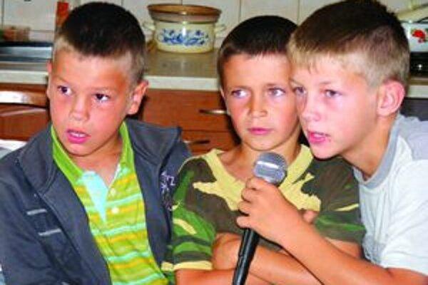 Karaoke chlapcov zaujalo.