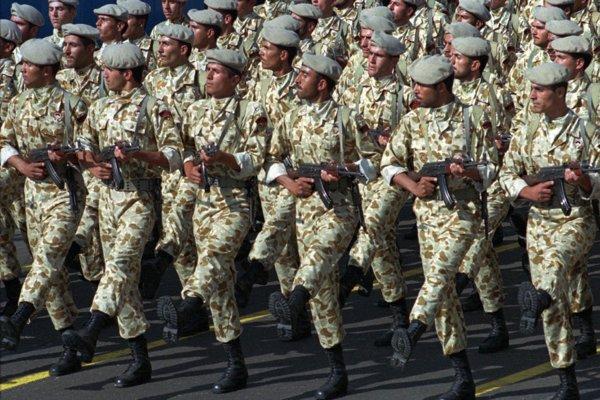 Príslušníci iránskych Revolučných gárd.