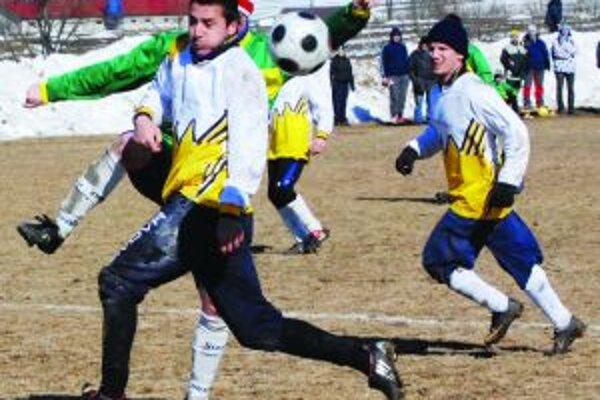 Andrej Barošinec aj na jar bude hrať za Turčianske Kľačany.